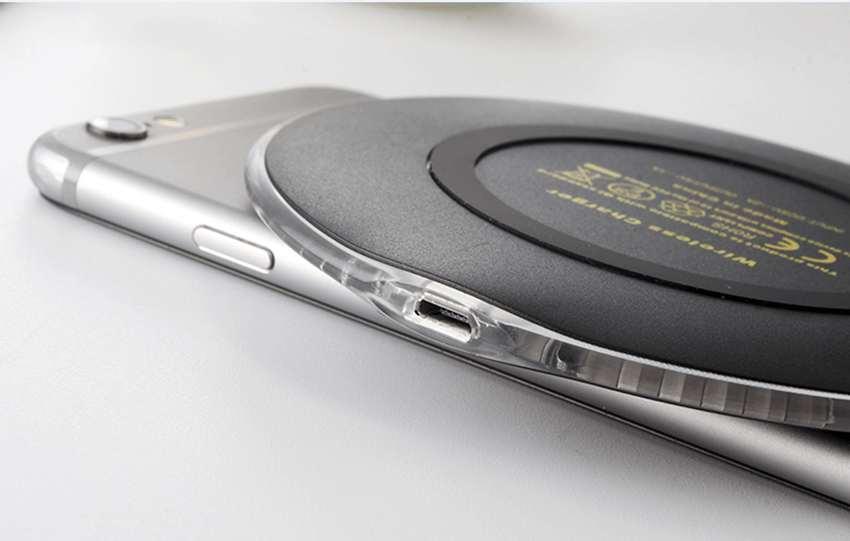 Sạc điện thoại không dây chuẩn QI siêu mỏng